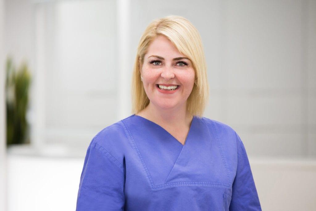 Karina Klippel Gesundheits- und Krankenpflegerin bei Meyer Implantologie in Hameln