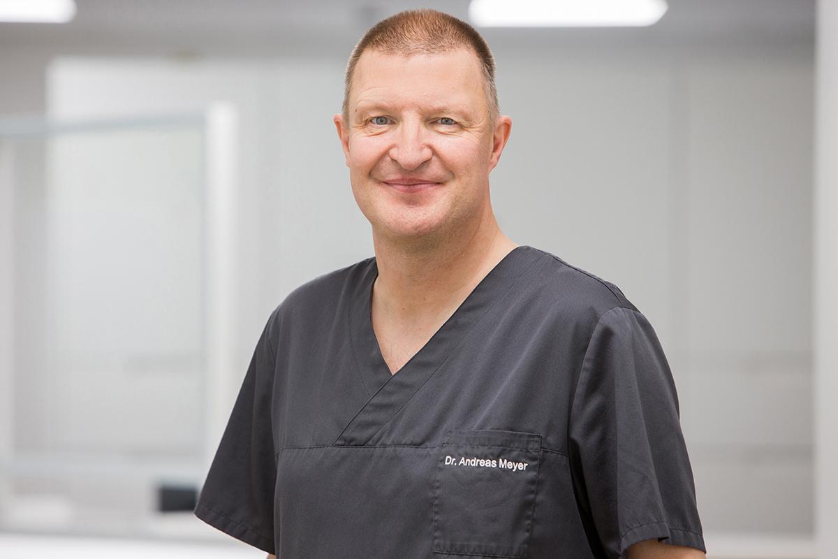 Dr. Andreas Meyer - Zahnarzt in Hameln Team